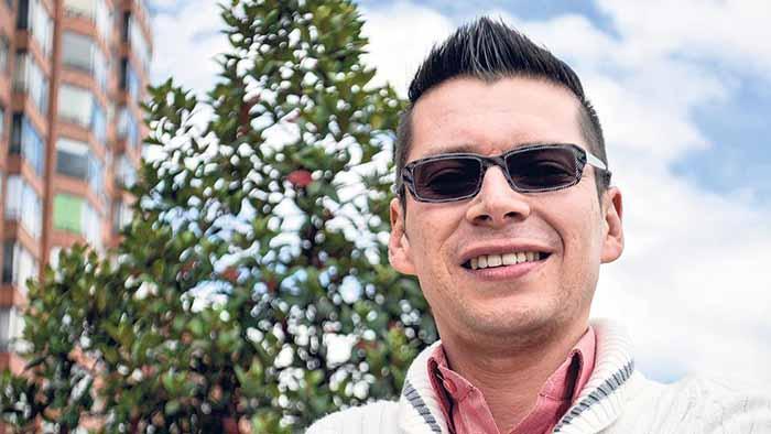 """El profesor Luis Miguel Bermúdez quedó entre los 10 mejores del """"nobel de la educación"""""""
