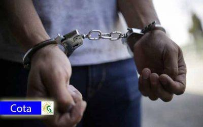 Extesorero y exsecretaria de hacienda de Cota, capturados por presuntos actos de corrupción: Agentes del CTI