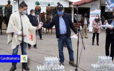 Alcohol y gel antibacterial para los pequeños productores de Cundinamarca
