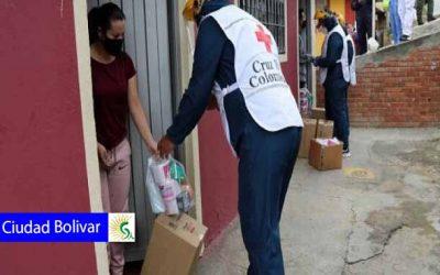 Ayudas y pedagogía se toman la localidad de Ciudad Bolivar