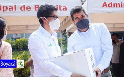 Gobernador de Boyacá comenzó la entrega de más de 21 mil mercados en el departamento