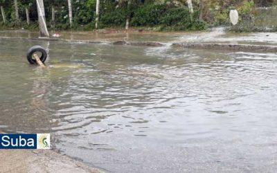 Comunidad de Lagos de Suba y El Rincón-Rubí urgen obras de mitigación de inundaciones en la Calle 129C