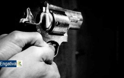 Pareja le dispara en medio de una discusión a un joven causándole la muerte