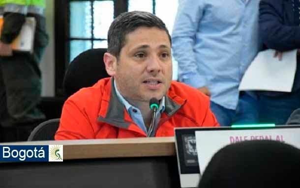 Concejal Samir Abisambra denuncia que un paciente falleció por negligencia en la ubicación de una cama UCI