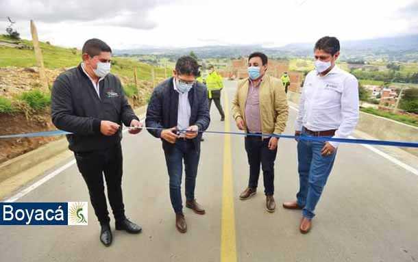 Con la construcción de gran muro de contención se benefició a usuarios de vía y habitantes urbanos de Tuta